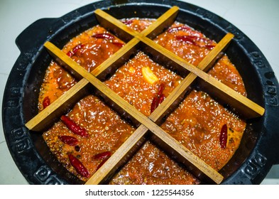 Sichuan famous spicy numbing hot pot 3x3 grid hot pot