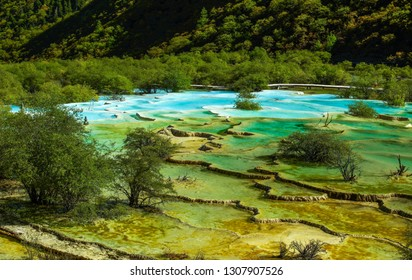 Sichuan Huanglong Multicolored Pool