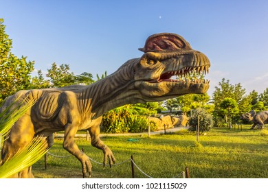 SIDE, TURKEY - OCTOBER 01, 2017: Manavgat Discovery Park: Dinosaurs, marine animals, a Zoo, a cinema, a terrarium. The park includes 28 moving, audible and static dinosaurs.