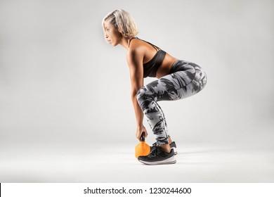 Can suggest Blonde milf squatting