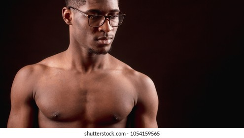 Side View Close Up Cropped Portrait Of Strong Nacked Afro Male In Glasses Clever Sporsman