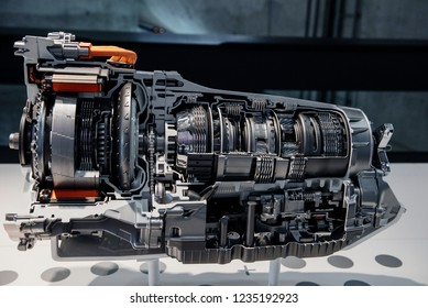 Side view cross section of automatic transmission gearbox.