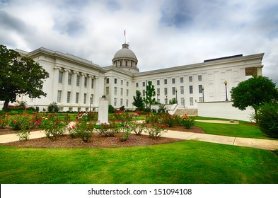 Side view of state capitol in Montgomery, Alabama