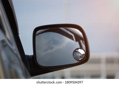 The sidemirror has been added with a wide angle mirror to increase visibility in blind spots.