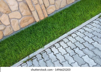Sidewalk+landscaping Images, Stock Photos & Vectors