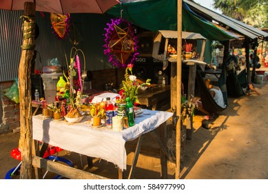 Siem reap, Cambodia - Apr 14, 2016 - Cambodian people making a sacrificial offering to the god in cambodia new year