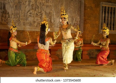 SIEM REAP, CAMBODIA - Aughust 8th , 2016:Khmer classical dancers performing in traditional costume . Apsara Dance is the ancient classical dance form of Cambdia.