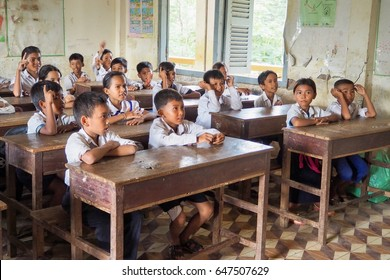 Siem Reap, Cambodia - AUGUST 25, 2016: Cambodian Students in the Classroom in Cambodia