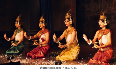 Siem Reap, Cambodia - July 13, 2013: A traditional Apsara Khmer Cambodian dance depicting the ramayana epic on September 13, 2013 in Siem Reap, Cambodia
