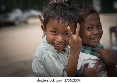 SIEM REAP, CAMBODIA - MAY 2 : Unidentified boys of Cambodian at kabal spean on May 2, 2015 in Siem Reap, Cambodia