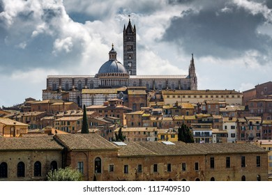 Siena cityscape with Dumo and Torre del Mangia at centre