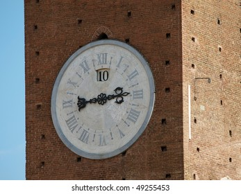 Siena - Clock on Torre del Mangia