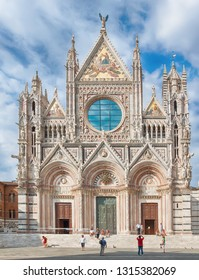 SIENA, ITALY - jul, 07, 2018: tourists visiting Siena Cathedral (Duomo di Siena), Italy - UNESCO World Heritage site