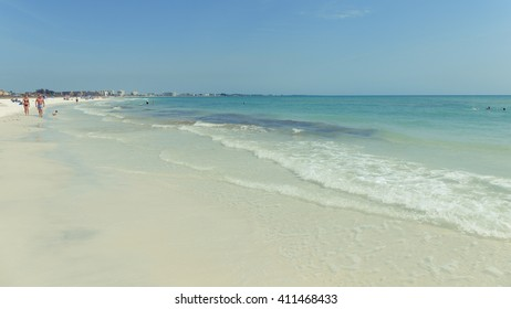 SIESTA KEY BEACH, FLORIDA Siesta Key Beach in Florida outside of Sarasota is the top rated beach in the USA. Siesta Key, Florida on 4/12/2016