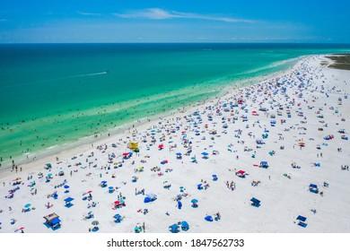 Siesta Key Beach Sarasota Florida Beautiful Sunny Day Blue Waters Tourists Paradise Sun