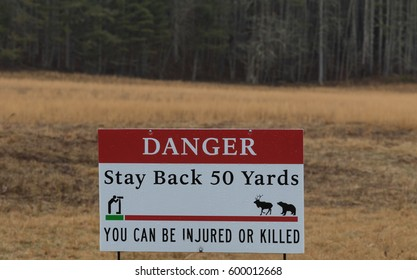 Sigh, Danger, Stay Back 50 Yards, You can be Injured or Killed, Cataloochee Valley, Great Smoky Mountains National Park, North Carolina, USA