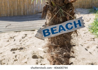 Sign beach