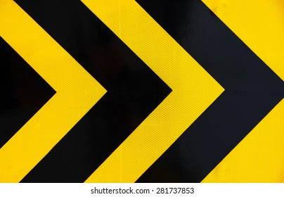 Sign color traffic