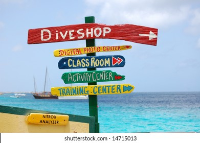 Sign of Dive Vacation Choices