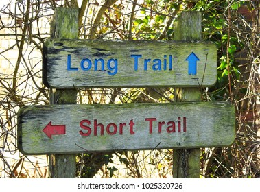 Sign for hiking / walking routes, Long Trail or Short Trail options