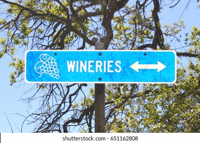Sign near Paso Robles pointing toward the wineries.