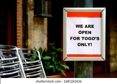 """Sign outside restaurant during corona virus outbreak """" We are open for to go's only"""". In an attempt to stop the spread of covid-19 dining areas of restaurants are temporarily closed"""