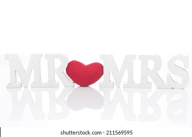 """Sign for wedding """"Mr & Mrs with red heart"""