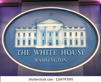 sign of The WHITE HOUSE