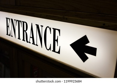 sign of word entrance and direction arrow