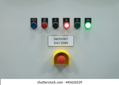 Signal lamp indicator and shut down button for show status of electrical and control system.