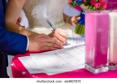 Signature of marriage registration documents