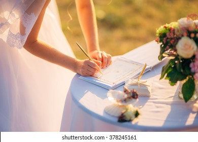 Signature wedding