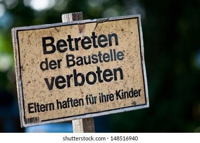 signboard do not enter - in german