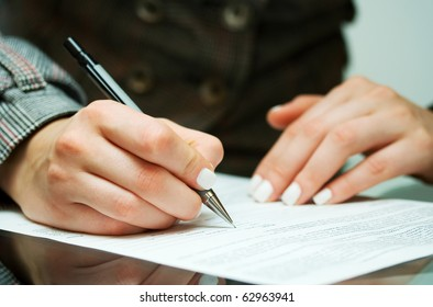 Signing contract.