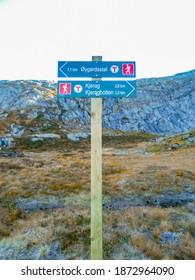 Signpost climbing a Kjerag mountain. Kjerag Kjeragbolten in Rogaland, Norway.