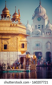 Sikh gurdwara Golden Temple (Harmandir Sahib). Amritsar, Punjab, India