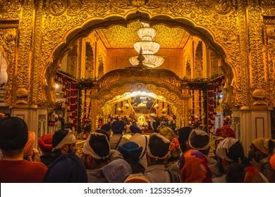 Sikh gurdwara Shri Bangla Sahib, new delhi India night view during gurunanak dev ji jayenti  23 nov 2018
