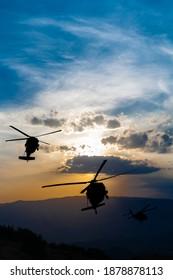 Sikorsky blackhawk uh-60 militay helicopter