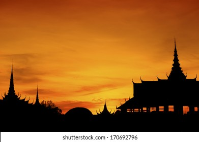 Silhouette of Cambodian Royal Palace, Phnom Penh, Cambodia.