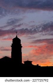 Silhouette of a church in Pisa, Italy