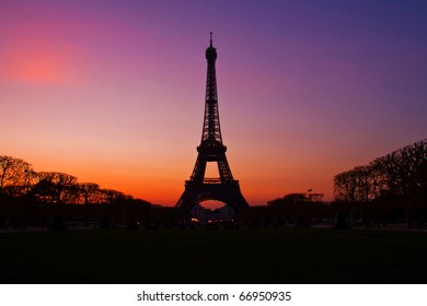 Silhouette of Eiffel Tower in the evening after sunset