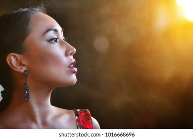 silhouette of female face on sunset background, Photo outdoor
