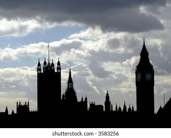 Silhouette of houses of Parliament in central London