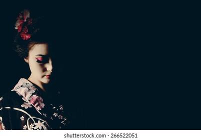 silhouette Japanese Geisha