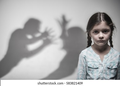 Silhouette of parents expressing quarrel
