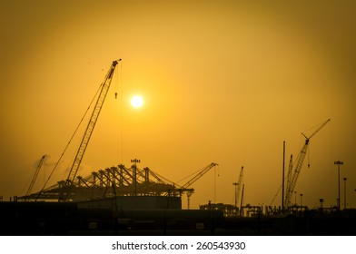 Silhouette Port industry