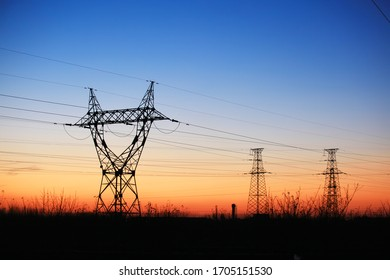 The silhouette of pylon, the pylon in the evening