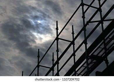 Silhouette of scaffold
