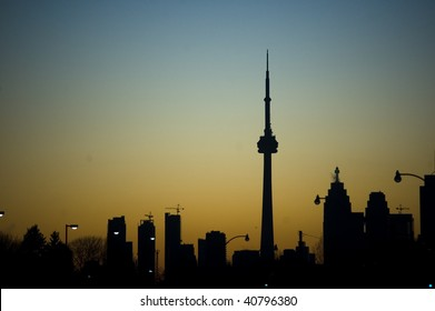 silhouette toronto tower cn urban landscape
