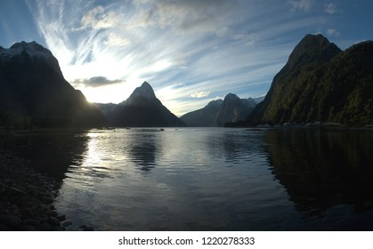SIlhouettes and Sunset (MItre Peak, Milford Sound, Fiordland National Park, New Zealand